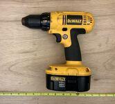 """DeWalt 1/2"""" cordless drill/driver"""