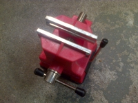 Miniature Tabletop Suction Vise