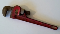 Pipe Wrench - 10in