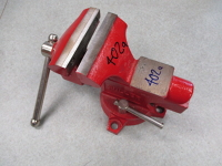swivel bench vise