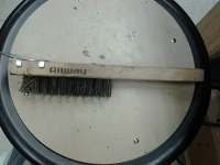 Wire Brush w/Scraper