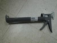 29 oz Caulk Gun