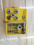 13 Piece Tap & Die Set