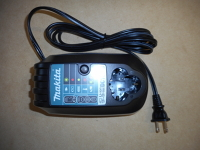Makita 12V Battery Charger