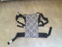 Action Baby Carrier Black & White