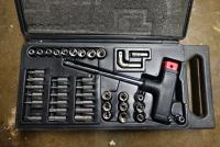 T handled screwdriver and bit holder set