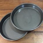 Round Cake Pan (x2)