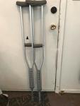 """Crutches 5'1"""" - 5'9"""""""