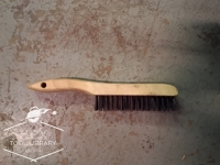 Steel sharp bristle brush