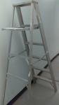 6 feet step ladder