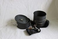 Rocket stove with mess kit