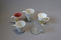 10 assorted coffee cups