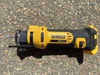 Dewalt Cordless Cut-Out Tool