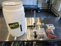 Brew Cellar 30 Liter brewing kit / supplies