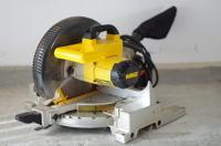 Mitre-box circular saw (Chop saw)