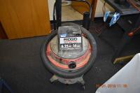 Wet/dry vacuum (16gal.)